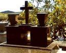 Mausoléu em Granito Preto