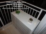 Base p/ Plantas e  objetos Decorativos.A condensadora do Split fica escondida dentro da caixa dando